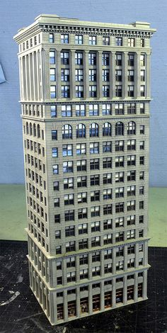 N scale. From a building in Philly. N Scale Model Trains, Model Train Layouts, Scale Models, N Scale Buildings, Unusual Buildings, City Buildings, New Nature Wallpaper, Minecraft City, Lego Modular