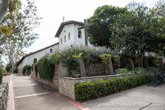 Mission San Luis Obispo de Tolosa: The Fifth California Mission - California Through My Lens California Missions, San Luis Obispo, Mission Report, Sidewalk, Coast, Mansions, House Styles, Plants, Chop Saw