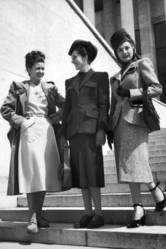 Ladies in Paris,1947=vintage everyday: 1940s Fashion and Style Trends in 40 Beautiful Pictures