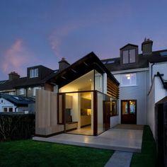 house in Dublin, by Ailtireacht, photo by Corsico