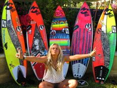 I want all of these surf boards Surfboard Painting, Surfboard Art, Glamping, Hot Surfers, Cali, E Skate, Swimming Party Ideas, Summer Surf, Summer 3