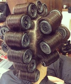Hair Curlers Rollers, Roller Set, Vintage Glamour, Perm, Hair Beauty, Rolo, Rollers In Hair, Cute Hair