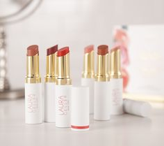 Achieve the perfect pout for any occasion with this luxurious, six-piece, special-edition lipstick collection from Laura Geller. QVC.com