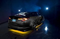 Kia has taken the wraps off of the Batman-themed 2013 Kia Optima SX Limited, the first of eight Justice League vehicles it is building with comic book publisher DC Entertainment and Rides magazine.