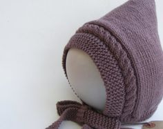 Creme Pixie Bonnet Baby Pixie Hut Merino & von WoollywonderKnits
