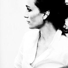 Kristin Scott Thomas Kristin Scott Thomas, People Of Interest, Pictures Of People, Amazing Pics, Female Portrait, Pretty Woman, Movie Stars, Actors & Actresses, Portrait Photography
