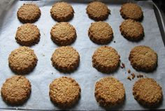 Flakemeal biscuits Some time ago, my saxophone teacher's sister, Padraigin sent me her family recipe for Flakemeal biscuits all the . Domestic Goddess, Family Meals, Biscuits, Irish, Oven, Lemon, Traditional, Cookies, Saxophone