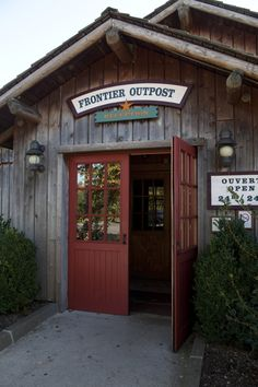 Disney Hotels, Davy Crockett Ranch - Reception Frontier Outpost, Disneyland Paris