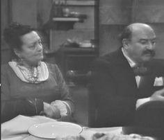 Eduardo De Filippo - Scena dalla Commedia: Chi è cchiù felice 'e me -  con Valeria Moriconi
