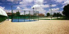 Seguimos trabajando en Italia para hacer conocido el pádel y ya está terminada y lista para jugar la #pistadepadel que hemos instalado en el Master Sport Club Rivarossa de Turín. #tupistadepadel #padelinternational