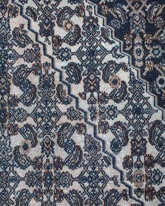 Un tapis de toute beauté pour un intérieur précieux et chic, grand tapis de 535cm par 330cm Contemporary Rugs, Unique Rugs, Artisanal, Vintage Colors, Handmade Rugs, Beautiful Homes, Quilts, Blanket, Bohemian Chic Style