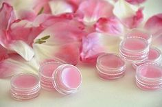 Tulpenroze kusmond met zelfgemaakte lippenbalsem