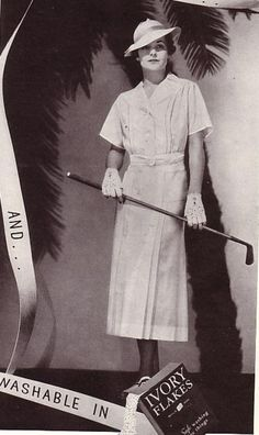B. H . Wragge pleated sportswear