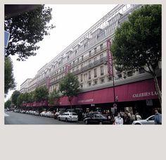 GALERIES LAFAYETTE PARIS HAUSSMANN  GALERIES LAFAYETTE PARIS HAUSSMANN  40, Boulevard Haussman   75009 PARIS   FRANCE    Phone: 01 42823456   Fax: 01 42828027     SAINT-HONORÉ - OPÉRA