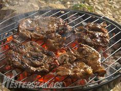 Fűszeres flekken roston recept Japchae, Bbq, Paleo, Pork, Food And Drink, Cooking Recipes, Ethnic Recipes, Foods, Drinks