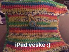 Hekla Veske til IPad Wood Watch, Ipad, Accessories, Fashion, Wooden Clock, Moda, Fashion Styles, Fashion Illustrations, Jewelry Accessories