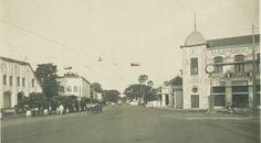 Aloon aloon Tjontong - Gemblongan  1880
