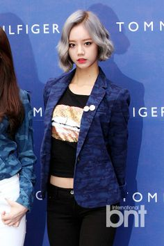 Hyeri - silver hair