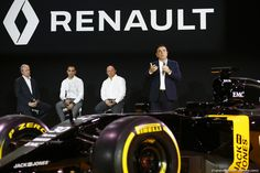 RENAULT F1 PRESENTAZIONE 2016, (L to R): Patrice Ratti (FRA) Renault Sport Cars General Manager; Cyril Abiteboul (FRA) Renault Sport F1 Managing Director; Frederic Vasseur (FRA) Renault Sport Formula One Team Racing Director; Carlos Ghosn (FRA) Chairman of Renault. 03.02.2016.