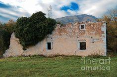 http://fineartamerica.com/featured/la-chiesetta-ruins-photos-by-zulma.html #Zulma #Italy #Ruins