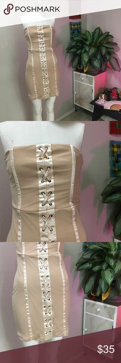 FASHION NOVA SZ M BEIGE CRISS CROSS DRESS CUTE Super cute strapless and new Fashion Nova Dresses