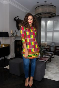 The Ummona Top is stunning in theColorful African Print. It's comfy to wear and will make sure you stand out in a crowd African Maxi Dresses, African Fashion Ankara, African Dresses For Women, African Print Fashion, African Attire, African Wear, African Tops For Women, African Outfits, African Blouses