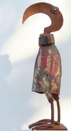 scrap metal sculpture by Chris Kircher I Skulptur aus Schrott von Chris Kircher, Vogel, Garten, Kunst, Stahlskulptur, Recycling   bird, garden, art, steel sculpture, recycling art