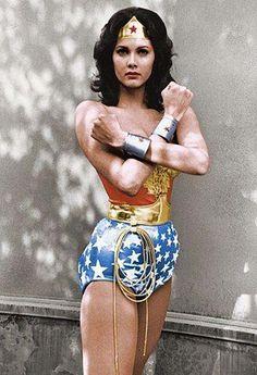 Panel Recap: The Science of Wonder Woman Linda Carter, Paul Michael Glaser, Ford Torino, Star Comics, Dc Comics, Famous Leos, Wonder Woman Pictures, Gemini Star, Amazonian Warrior