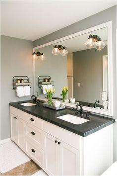 The Master Bathroom Has Black Granite Countertops With Double From Black  Countertop Bathroom