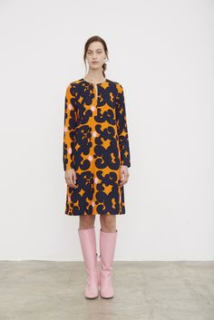 Marimekko Spring/Summer 2016 Ready to wear collection London Fashion Weeks, Fashion Week Paris, Crazy Outfits, Casual Outfits, Nice Outfits, Fashion News, Fashion Show, Fashion Design, Marimekko Dress
