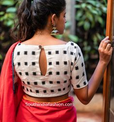 10 Stylish Readymade Cotton Blouse Designs 2019 For Summer! Readymade cotton blouse designs 2019 for sarees by House Of Blouse buy online, trendy and stylish neck patterns, latest designs, high neck Indian Blouse Designs, Blouse Back Neck Designs, Choli Blouse Design, Cotton Saree Blouse Designs, Kurta Neck Design, Fancy Blouse Designs, Kurta Designs, Latest Saree Blouse Designs, White Saree Blouse