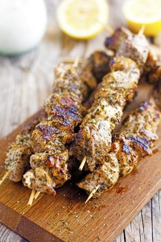 Classic Souvlaki Kebabs - Perfect tender and juicy pork on a stick: delish! Pork Kabob Marinade, Pork Skewers, Kebabs, Kabob Recipes, Pork Recipes, Chicken Recipes, Cooking Recipes, Grilled Recipes, Yummy Recipes