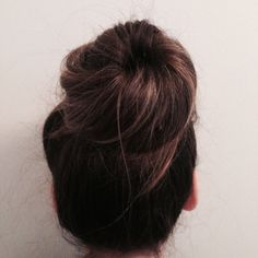 simple knot bun