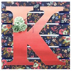 Letter K Pallet Sign - Click through for project instructions.