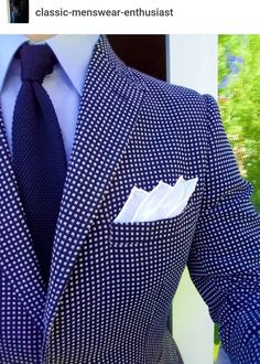 Inspiring Collection Of Classy Men`s Fashion And Lifestyle Best Suits For Men, Cool Suits, Designer Suits For Men, Herren Outfit, Classy Men, Mens Fashion Suits, Men Style Tips, Well Dressed Men, Suit And Tie