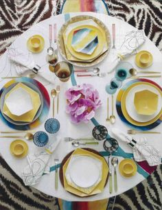 love love love this table set up! i think there's a dinner party in my future!