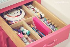 Learn how to make drawer dividers from cardboard, and easily organize your supplies!