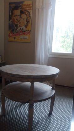 Pöydästä tuli täydellinen meidän tv-huoneeseen!