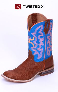 Twisted X boots offer great comfort and quality along with unique upper colors and is your only source for Hooey boots. Cowgirl Boots, Western Boots, Redneck Wedding Dresses, Cute Country Boys, Twisted X Boots, Blue Boots, News Boy Hat, Sneaker Heels, Kids Boots