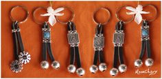 Llaveros Anklet Bracelet, Bracelets, Handmade Keychains, Key Bag, Beaded Jewelry, Jewellery, Key Rings, Dangles, Charmed