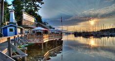 LOVE this image of the Boardwalk Restaurant in Lund... http://www.hellobc.com/powell-river.aspx