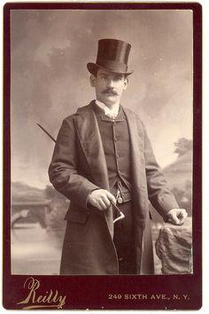 . #Victorian #19th_century #1800s #photograph #antique #vintage #man #top_hat Victorian Photos, Antique Photos, Vintage Pictures, Vintage Photographs, Old Pictures, Victorian Era, Vintage Images, Old Photos, Victorian Gentleman
