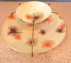 Vintage Atomic Mid Century Retro Fiberglass Chip and Dip Bowl