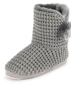 Fur Lined Knitted Slipper Boots, http://www.very.co.uk/sorbet-fur-lined-knitted-slipper-boots/1314699094.prd