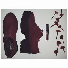 Spring Goals 😍😍 Burgundy shoes from @pullandbear #salestime  dianamatusa.com  #photo #sales #Shoes #women #burgundy #lipstick #ootd #instame #platformshoes #shoesaddict #burgundylips #instalike #followforfollow #like #blog #lifestyle #fashion #ideas #inspiration #winter #loveburgundy #instagirl #february #i #outfits