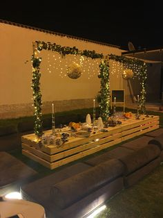 Picnic Decorations, Home Wedding Decorations, Ramadan Decorations, Birthday Decorations, Deco Buffet, Terrace Decor, Outdoor Dinner Parties, Picnic Birthday, Romantic Dinners