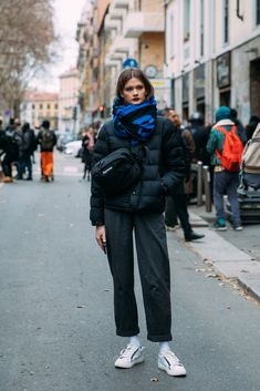 """5 These Milan Fashion Week Street Style Moments Will Have You Saying, """"What Runway?"""" Image Source: Style Du MondeThese Milan Fashion Week Street Style Moments Will Have You Saying, """"What Runway? Street Style Outfits, New Street Style, Milan Fashion Week Street Style, Street Style Trends, Milan Fashion Weeks, Autumn Street Style, Street Outfit, Casual Street Style, Mode Outfits"""