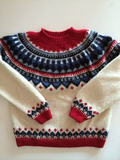 Scandinavian Inspired Sweater w Rich Nordic Accents - Vintage Eddie Bauer. For men or woman. Vivid cherry red, creamy white and Scandinavian blue