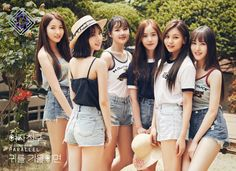 G-Friend present new group teaser image for 5th mini album 'PARALLEL' http://www.allkpop.com/article/2017/07/g-friend-present-new-group-teaser-image-for-5th-mini-album-parallel