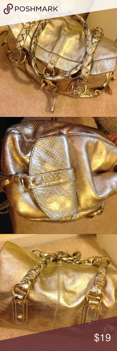 Francesco BiaSia Gold Bag Leather gold in gold used condition.  Some penmarks on exterior and wear on handles. Francesco Biasia Bags Totes